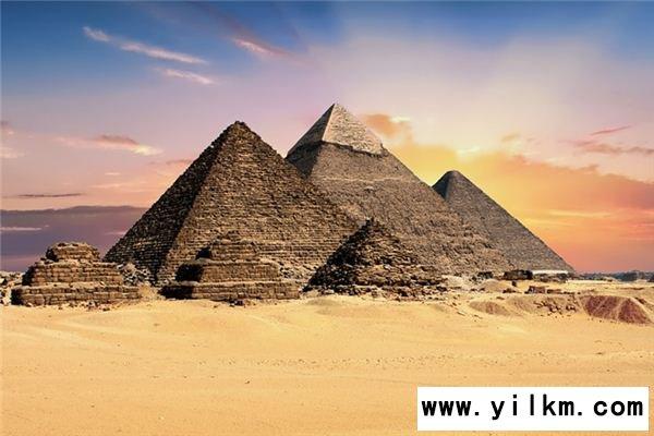 梦见金字塔是什么意思