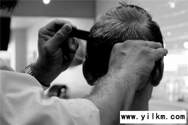 梦见发型师是什么意思